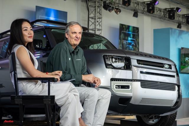 Land Rover Defender 2020 trình làng khách Việt: Thiết kế lột xác, giá từ dưới 4 tỷ đồng cạnh tranh Mercedes-Benz G-Class - Ảnh 6.