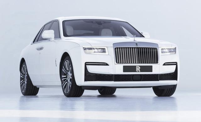Rolls-Royce Ghost thế hệ mới trình làng: Bóng ma với thiết kế mặt cười ma mị, phá cách hẳn so với Phantom - Ảnh 1.
