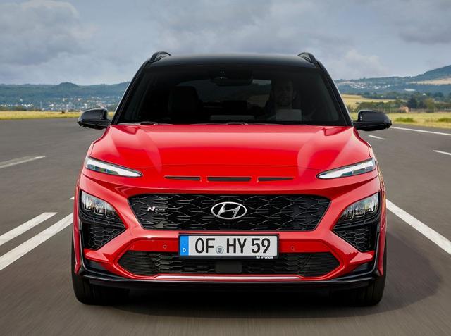 hyundai kona 5 1599011532709955528868 crop 15990166272961543240141 Hyundai Kona 2021 Facelift ra mắt với thiết kế mới. Đợi ngày về Việt Nam
