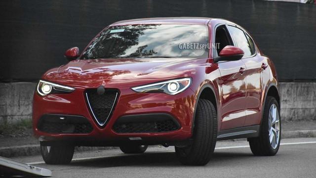 SUV cỡ nhỏ mới toanh của Maserati lộ diện lần đầu: Đàn em Levante - Ảnh 2.