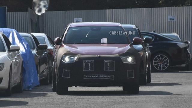 SUV cỡ nhỏ mới toanh của Maserati lộ diện lần đầu: Đàn em Levante - Ảnh 1.