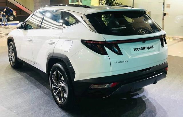 Hyundai Tucson 2021 lăn bánh ngoài đời thực: Đẹp như xe sang, chờ ngày về Việt Nam đấu Honda CR-V và Mazda CX-5 - Ảnh 5.