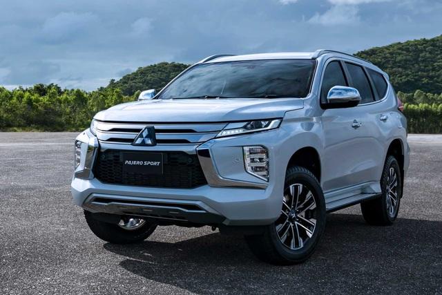 Mitsubishi Pajero Sport 2020 sắp ra mắt Việt Nam lộ thêm thông tin trước giờ G: Full option như xe Thái, đe doạ Toyota Fortuner - Ảnh 1.