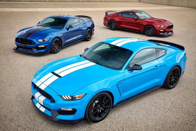 Cứ chê trắng, đen là nhám chán nhưng quá nửa khách mua ô tô vẫn chọn màu này và đây là nguyên nhân - Ảnh 1.