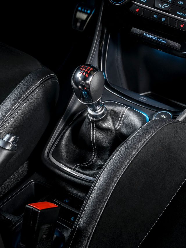 Ford Puma - Anh em EcoSport thêm cấu hình khủng, đe nẹt Hyundai Kona hiệu suất cao - Ảnh 9.