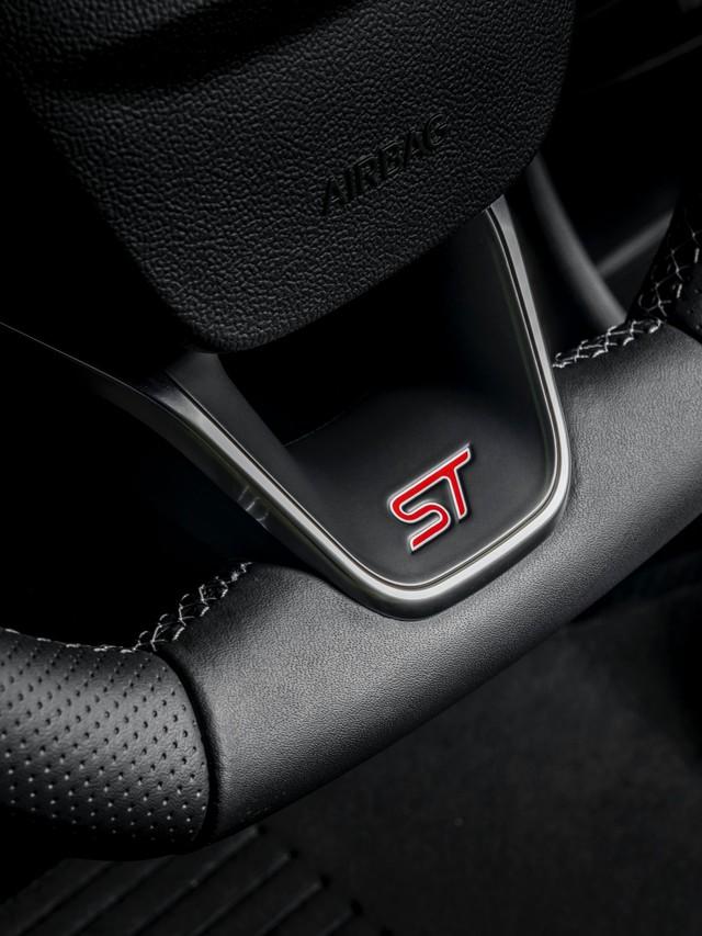 Ford Puma - Anh em EcoSport thêm cấu hình khủng, đe nẹt Hyundai Kona hiệu suất cao - Ảnh 8.