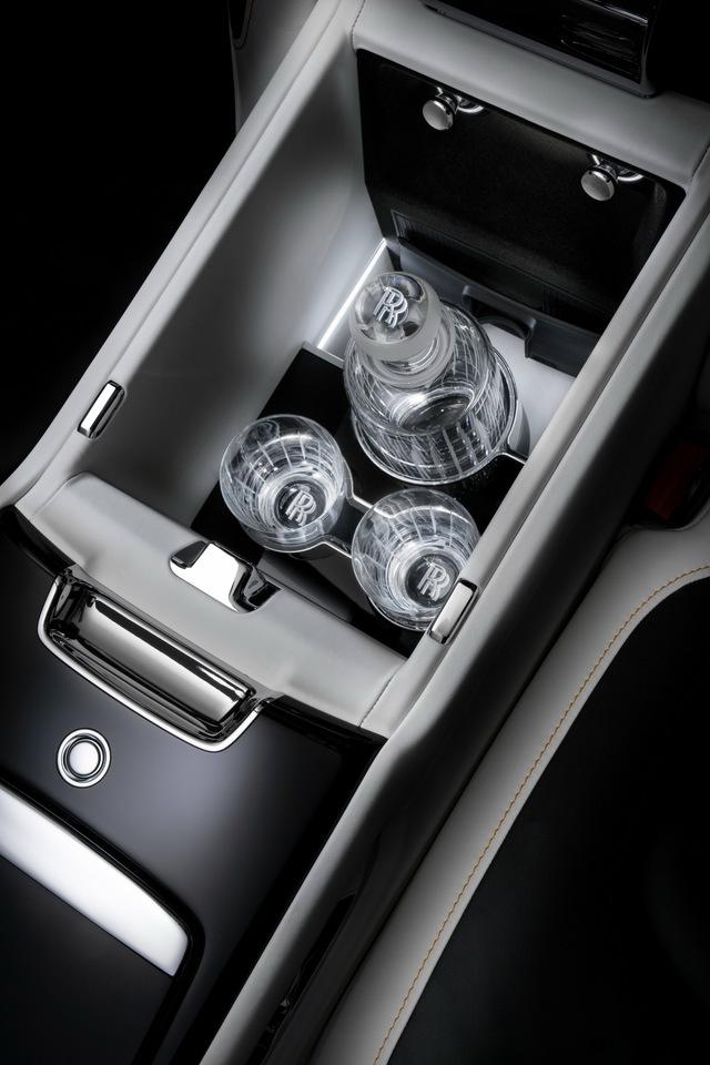 Ra mắt Rolls-Royce Ghost Extended - Siêu sang tối thượng cho Chủ tịch  - Ảnh 5.