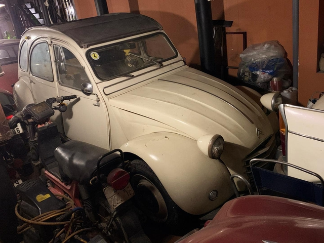 Bộ sưu tập xế khủng của CEO 1999 vừa tặng Porsche bạc tỷ cho bạn gái: Từ xe sang đến xe cổ, xe độ hầm hố như xe đua - Ảnh 5.