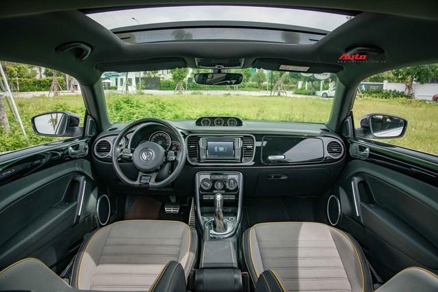 Hậu khai tử, hàng hiếm Volkswagen Beetle Dune 2019 có giá đắt ngang VinFast Lux A2.0 đập hộp - Ảnh 4.