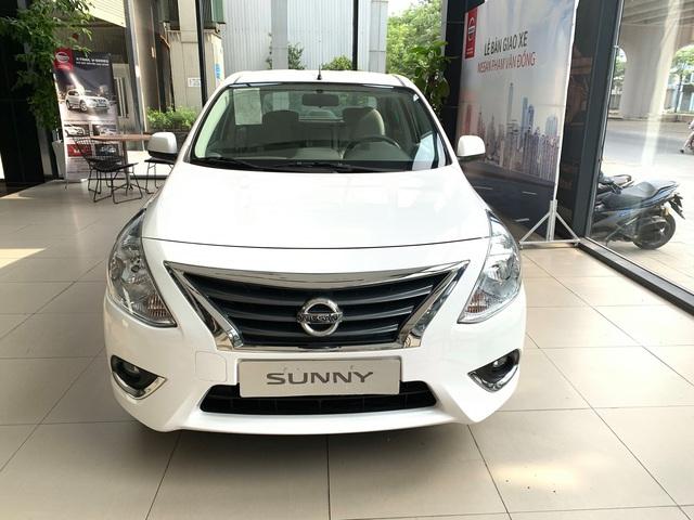 Đại lý ồ ạt thanh lý Nissan Sunny với giá sập sàn: Giảm hơn 70 triệu đồng, thấp nhất từ trước tới nay - Ảnh 1.