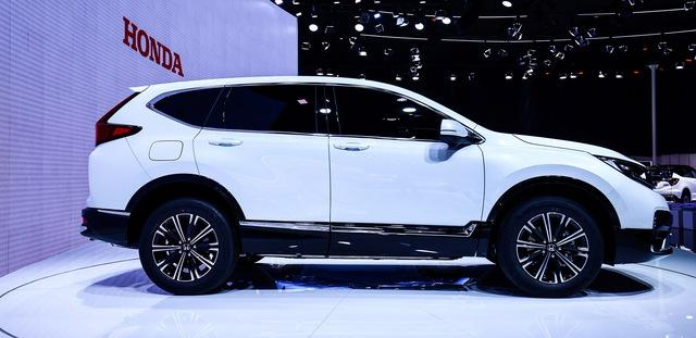 Honda CR-V bất ngờ bổ sung phiên bản mới: Nội thất gây tò mò - Ảnh 1.