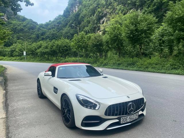 Doanh nhân Hà Nội chia tay hàng hiếm Mercedes-AMG GT Roadster - Ảnh 3.