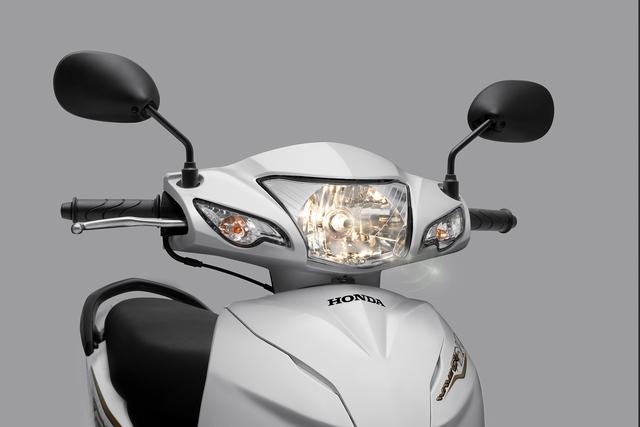 Xe số bán chạy nhất của Honda Việt Nam thay đèn, luôn bật khi khởi động, không tắt được - Ảnh 2.