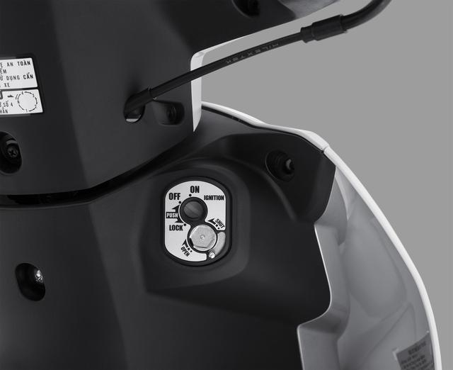 Xe số bán chạy nhất của Honda Việt Nam thay đèn, luôn bật khi khởi động, không tắt được - Ảnh 3.