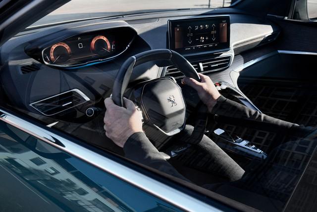 Ra mắt Peugeot 5008 facelift: Thiết kế nanh sư tử mới lạ, nâng cấp công nghệ đối đầu Hyundai Santa Fe - Ảnh 3.