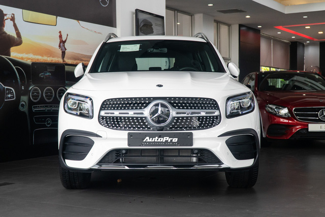 Chi tiết Mercedes-Benz GLB giá 2 tỷ đồng vừa về đại lý: Xe sang thực dụng ngang tầm tiền Ford Explorer và Volkswagen Tiguan Allspace - Ảnh 3.