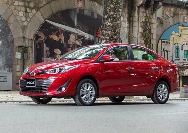 Loạt ô tô hạng B ồ ạt giảm giá, cơ hội mua xe ngon với giá siêu mềm của khách Việt - Ảnh 3.
