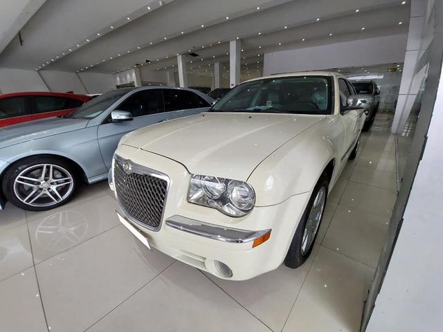 'Bentley nước Mỹ' bán lại ngang giá Toyota Camry dù chỉ chạy 6.300km mỗi năm - Ảnh 5.