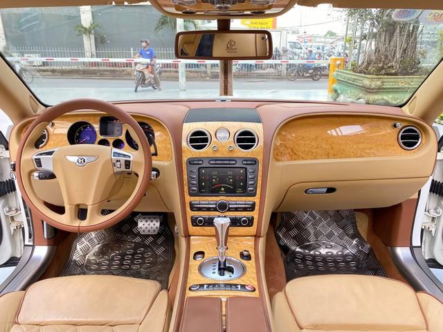 Sau 35.000km, xe Bentley xuống giá rẻ ngang 2 chiếc Toyota Camry đập hộp - Ảnh 3.