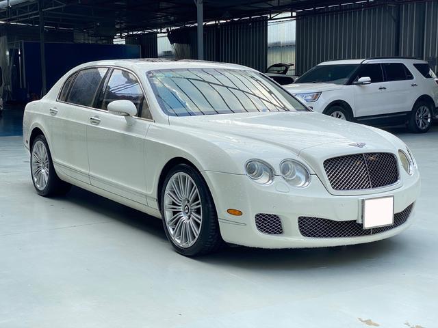 Sau 35.000km, xe Bentley xuống giá rẻ ngang 2 chiếc Toyota Camry đập hộp - Ảnh 1.