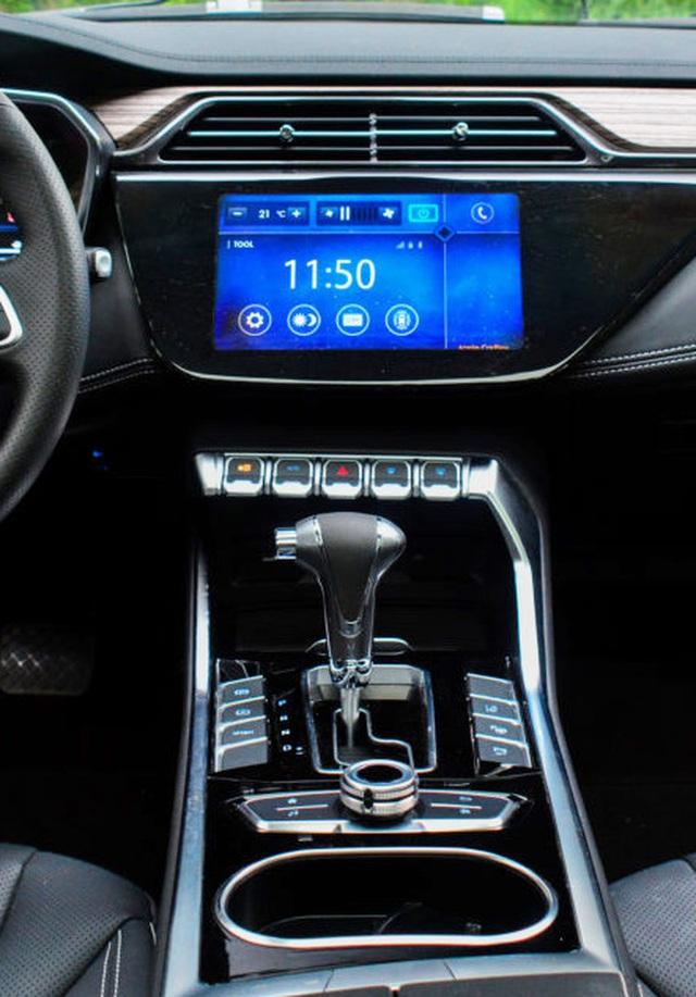 autopro ford territory ve vn 9 15995388554031818860386 crop 1599539036004554379075 Ford Territory thách thức Honda CR-V