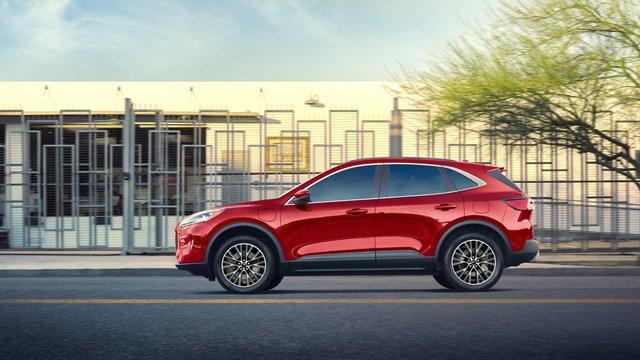 Ford Escape sắp có 3 hàng ghế, 7 chỗ ngồi, đe doạ Honda CR-V - Ảnh 1.