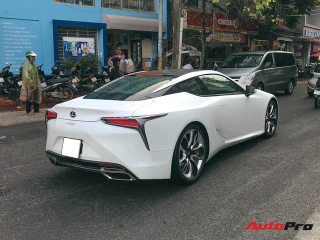 Lexus LC500 tiếp tục đổ bộ Việt Nam: Giá bán khoảng 10 tỷ đồng, nguồn gốc là thông tin nhiều người tò mò - Ảnh 3.