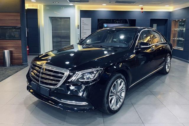 12 dòng Mercedes-Benz tại Việt Nam tăng giá đến hơn trăm triệu nhưng 8 dòng được ưu đãi tới gần 300 triệu đồng - Ảnh 4.