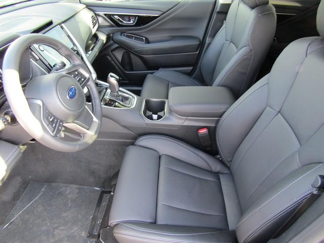 Subaru Outback 2021 lên lịch ra mắt Việt Nam: Rượu mới nhưng bình cũ, thêm màn hình khổng lồ, cạnh tranh Mazda CX-8 - Ảnh 4.