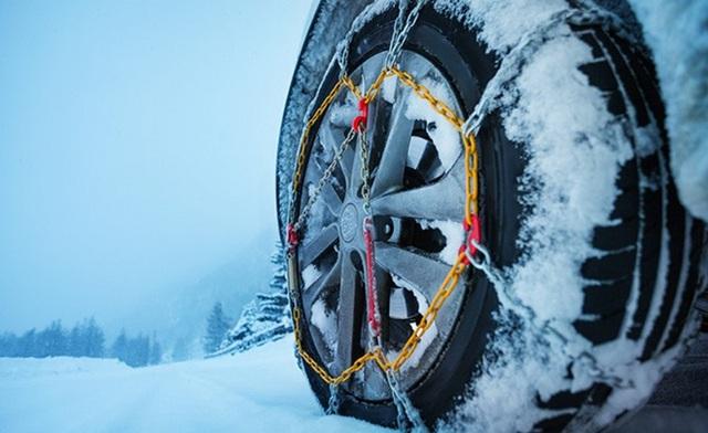 Khám phá xích bọc lốp xe chuyên biệt cho mùa đông băng giá - Ảnh 1.
