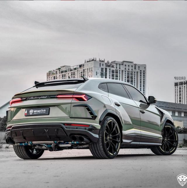 Lamborghini Urus của đại gia Sài Gòn lột xác với diện mạo mới: Riêng ống xả có giá cả ngàn USD - Ảnh 3.