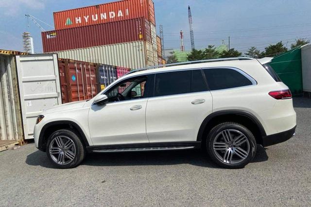 Loạt SUV nhập tư đa dạng phiên bản và option đổ bộ Việt Nam làm khó xe chính hãng - Ảnh 1.