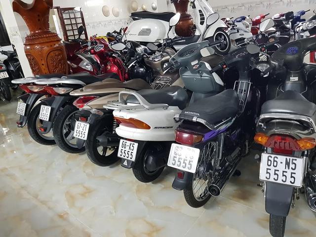 Choáng váng với kho xe máy biển đẹp 500 chiếc tại An Giang: Tổng giá trị hàng trăm tỷ đồng, đủ loại Honda Spacy, Su Xì-po, Honda Dylan - Ảnh 6.