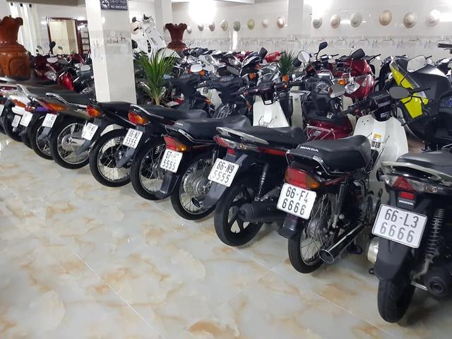 Choáng váng với kho xe máy biển đẹp 500 chiếc tại An Giang: Tổng giá trị hàng trăm tỷ đồng, đủ loại Honda Spacy, Su Xì-po, Honda Dylan - Ảnh 10.
