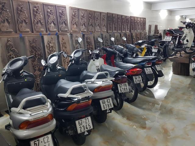 Choáng váng với kho xe máy biển đẹp 500 chiếc tại An Giang: Tổng giá trị hàng trăm tỷ đồng, đủ loại Honda Spacy, Su Xì-po, Honda Dylan - Ảnh 5.