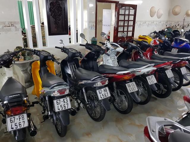Choáng váng với kho xe máy biển đẹp 500 chiếc tại An Giang: Tổng giá trị hàng trăm tỷ đồng, đủ loại Honda Spacy, Su Xì-po, Honda Dylan - Ảnh 4.