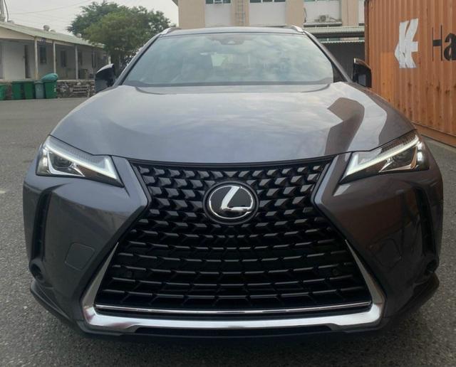 Lộ Lexus UX đăng ký bản quyền tại Việt Nam: Crossover hạng sang đấu Mercedes GLA, BMW X1 và Audi Q3 - Ảnh 3.