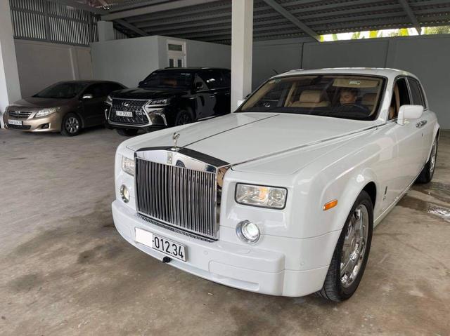 Có biển khủng 012.34, đại gia tự tin bán Rolls-Royce Phantom già với giá 13,5 tỷ đồng - Ảnh 6.