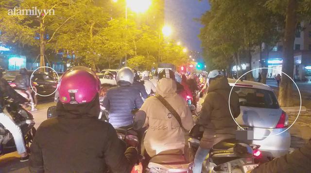 Hà Nội: Những chiếc xe vô duyên giữa giờ cao điểm khiến người đi đường tức ói máu - Ảnh 7.