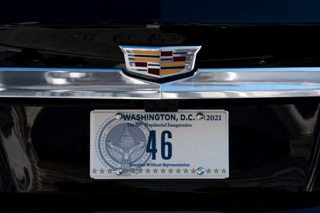 Joe Biden thay đổi chi tiết đầu tiên trên quái thú Cadillac - Ảnh 1.
