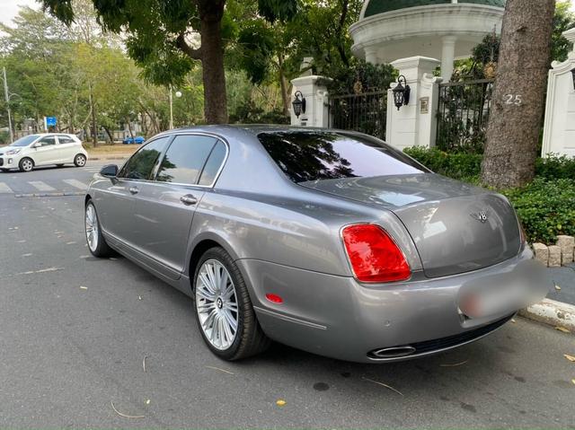 13 năm tuổi, Bentley Continental Flying Spur màu hiếm hạ giá chỉ còn 2 tỷ đồng - Ảnh 2.