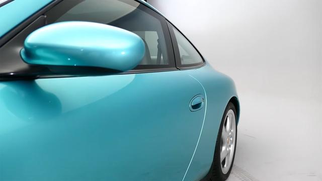 Đây là chiếc Porsche 911 duy nhất trên toàn cầu được bọc thép chính hãng - Ảnh 1.