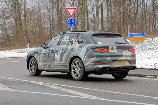 Bentley Bentayga phiên bản siêu dài một lần nữa lộ diện, để lộ chi tiết cửa hông khác lạ - Ảnh 2.