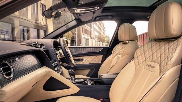 Bentley cập nhật Bentayga Hybrid, nâng cấp đáng kể khả năng vận hành không xăng - Ảnh 4.