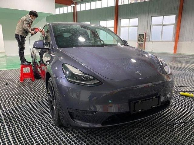 Xe điện Tesla vừa mở hàng tại Trung Quốc đã bán đắt như tôm tươi, 100.000 đơn chốt chỉ trong vòng vài tiếng - Ảnh 2.
