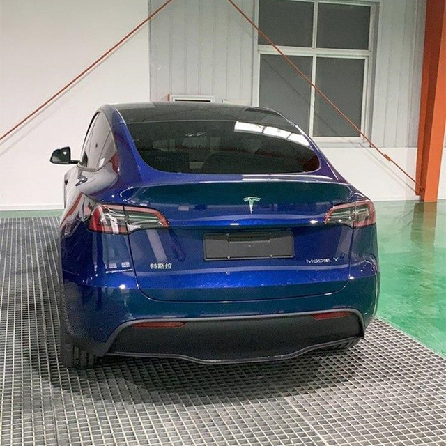 Xe điện Tesla vừa mở hàng tại Trung Quốc đã bán đắt như tôm tươi, 100.000 đơn chốt chỉ trong vòng vài tiếng - Ảnh 3.