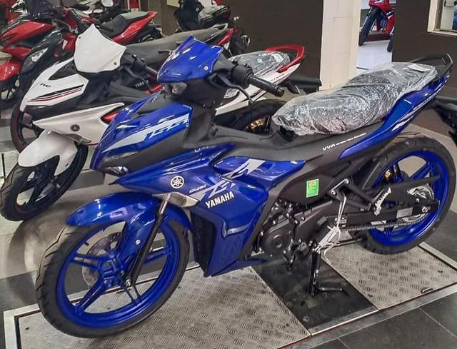 Yamaha Exciter 2021 ồ ạt đổ bộ đại lý: Đủ phiên bản, giá chênh cao nhất 7,5 triệu đồng - Ảnh 1.