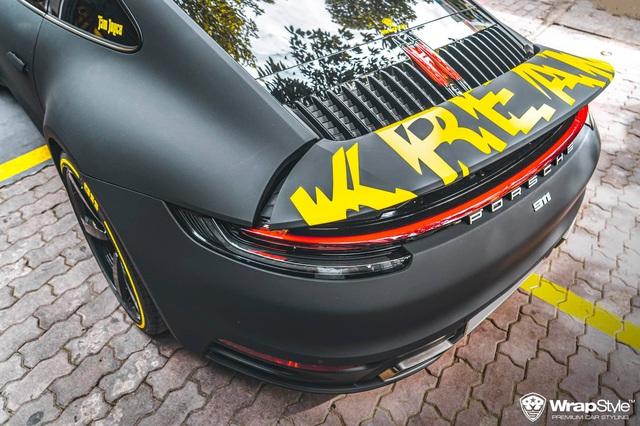 Cận cảnh Porsche 911 Carrera của con gái doanh nhân Phạm Trần Nhật Minh, sở hữu lớp decal cực nổi bật - Ảnh 4.