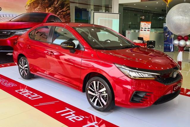 Vừa mở bán, Honda City 2021 đã kèm lạc hơn 20 triệu đồng tại đại lý nếu khách muốn có xe sớm đi Tết - Ảnh 1.