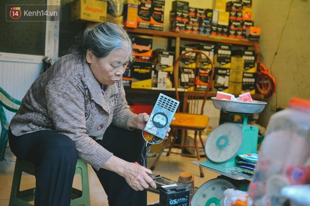 """Gặp """"bác sĩ"""" 53 năm làm nghề """"bắt mạch"""" cho ô tô: Tôi muốn truyền nghề miễn phí cho người nghèo nhất, chất phác nhất! - Ảnh 7."""
